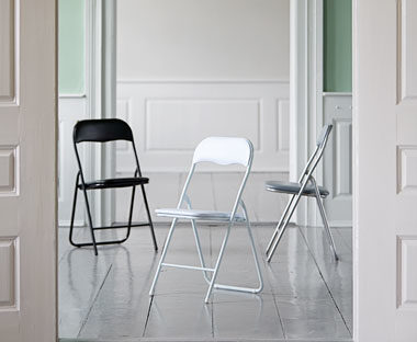 fold-chairs-stools-2