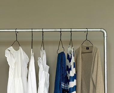 hangers-2